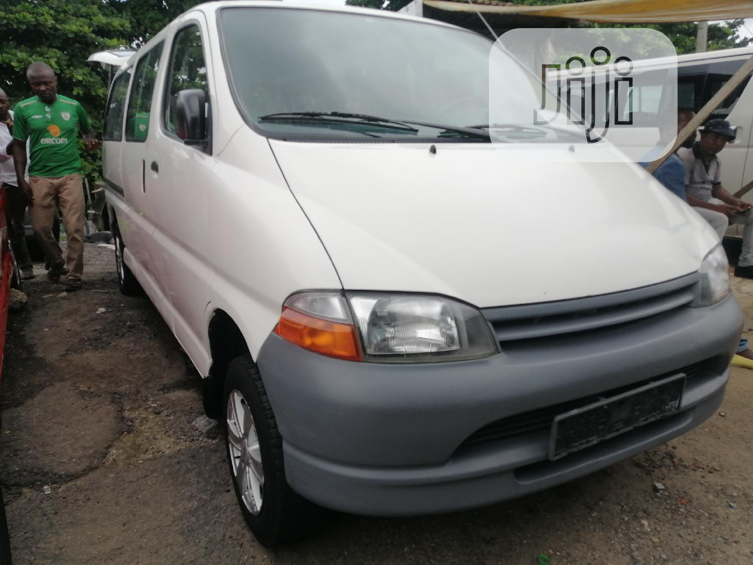 Toyota Hiace Bus White Colour Long Body Accidents Free