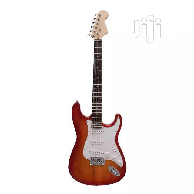5 Strings Lead Guitar With Bag And Strap | Musical Instruments & Gear for sale in Ikorodu, Lagos State, Nigeria