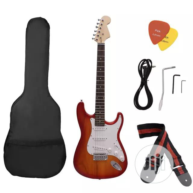 5 Strings Lead Guitar With Bag And Strap