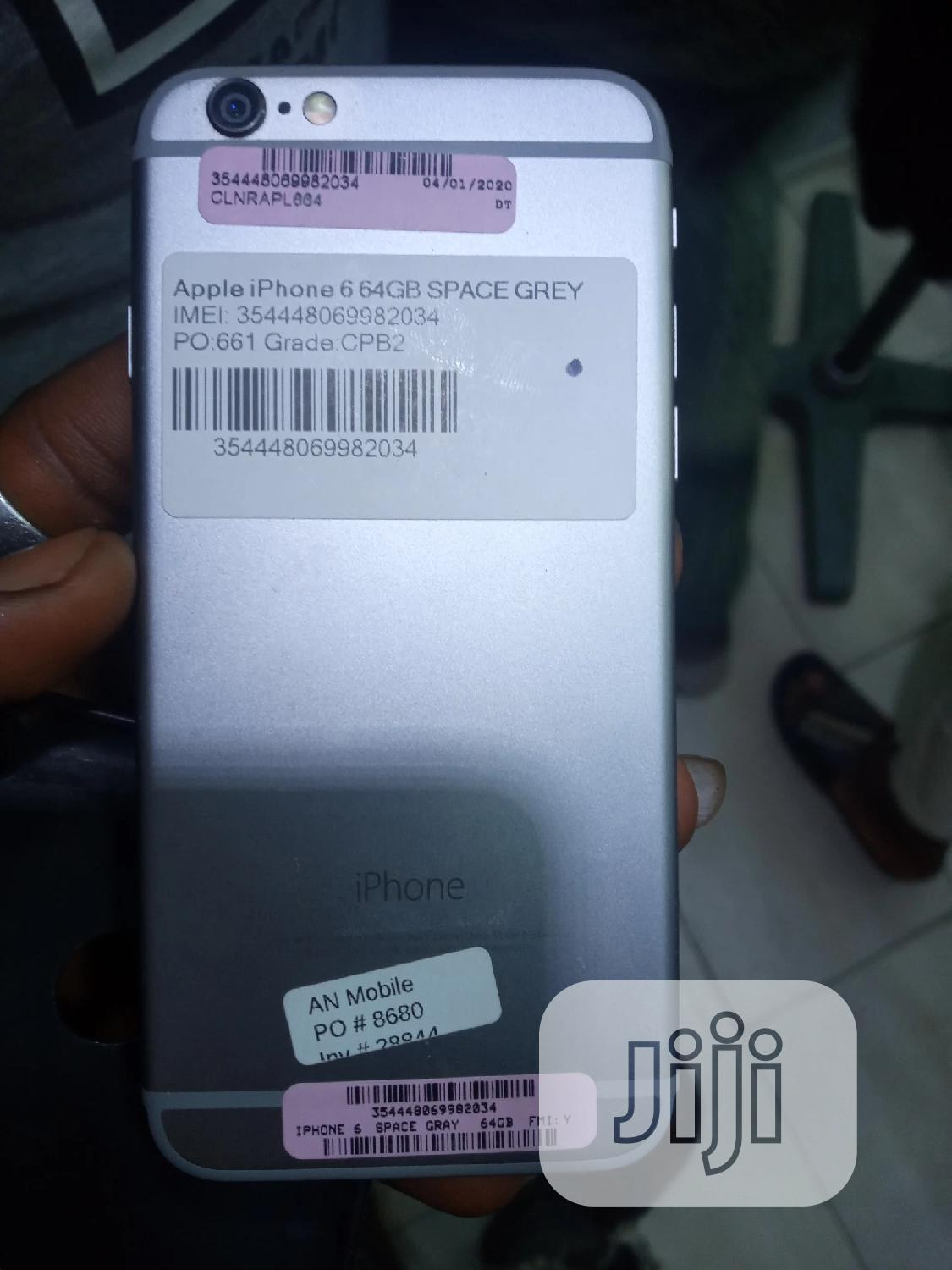 Apple iPhone 6 64 GB Gray