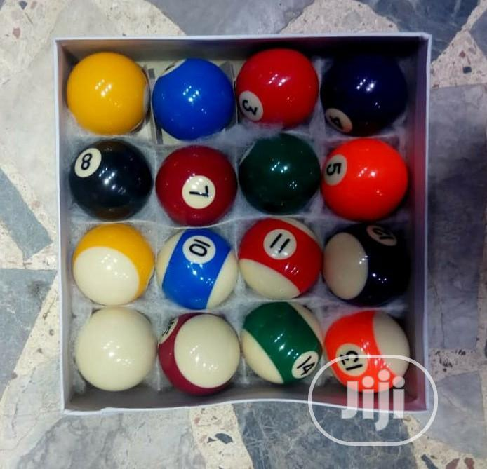 Archive: Medium Snooker Ball