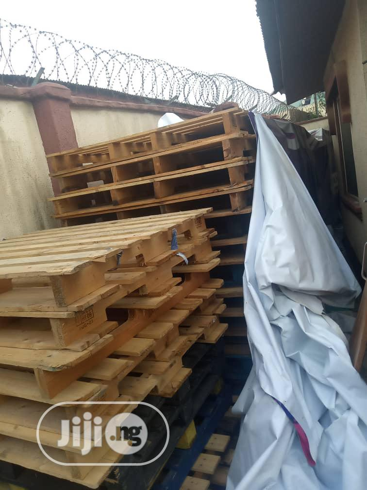 Strong Wood Pallets For Sell