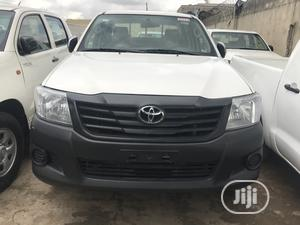 Toyota Hilux 2014 SR5 4x4 White   Cars for sale in Lagos State, Maryland