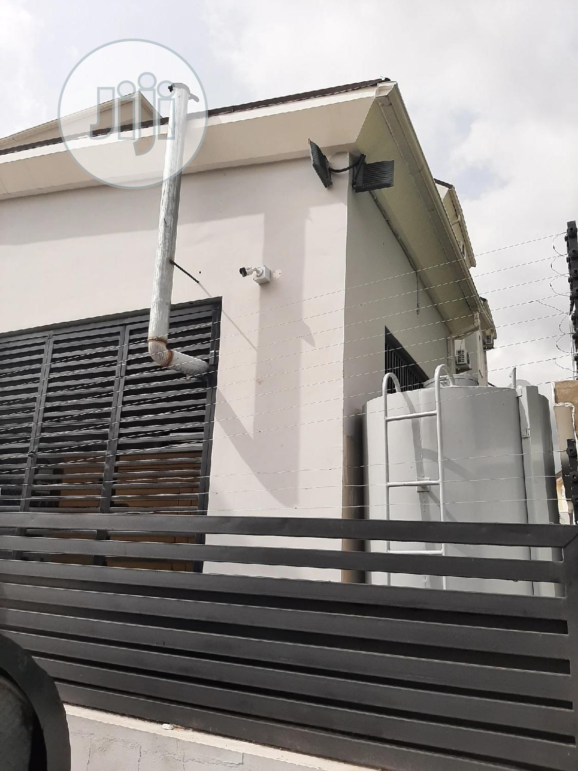 Archive: A Standard 3bedroom For Rent At Durumi