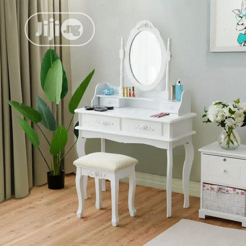 Dressing Table Set With Four Drawers