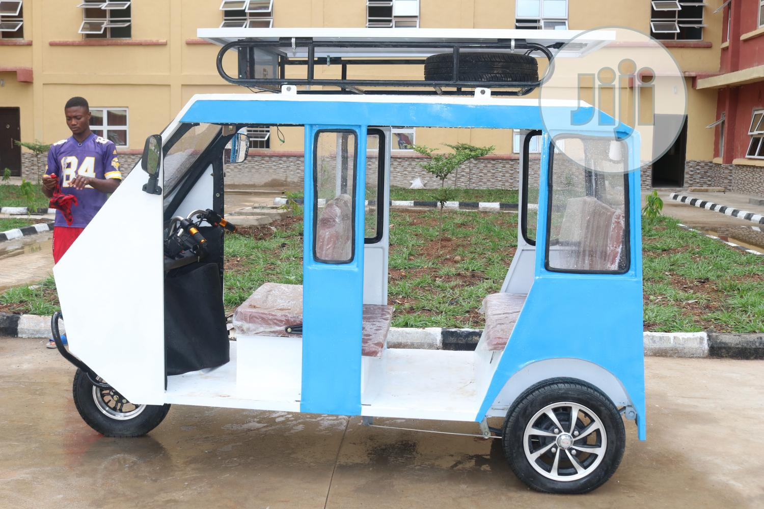 Archive: Orifok Solar Powered Tricycle; MOQ = 12 Units And Above
