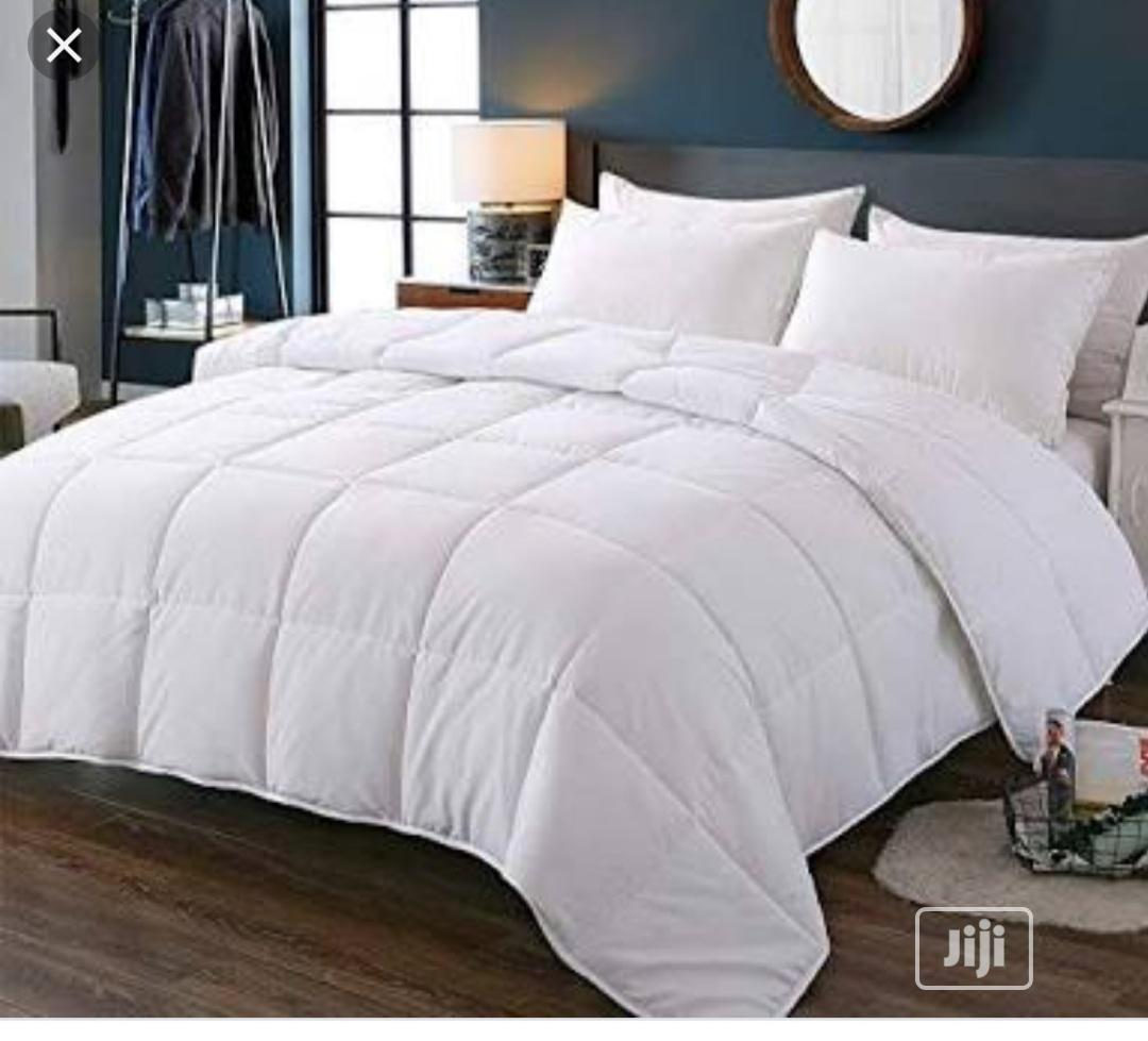 Classy Duvet,Bedsheet With 4 Pillow Cases