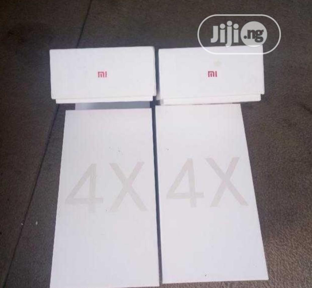 Archive: New Xiaomi Redmi Note 4X 64 GB