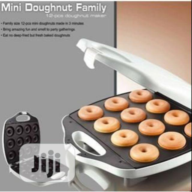 KENWOOD 12pcs Doughnut Maker | Kitchen Appliances for sale in Ojo, Lagos State, Nigeria