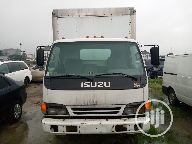 Isuzu 2005 Truck