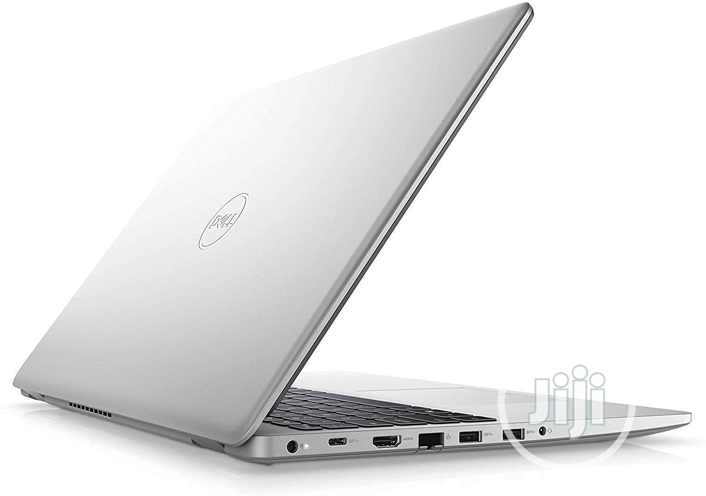 New Laptop Dell Inspiron 15 8GB Intel Core i7 SSD 512GB