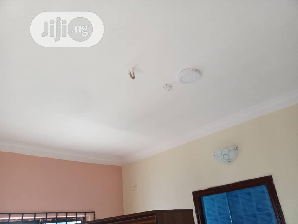 Standard 3-bedroom Apartment Upstairs Off Sapele Road | Houses & Apartments For Rent for sale in Benin City, Edo State, Nigeria