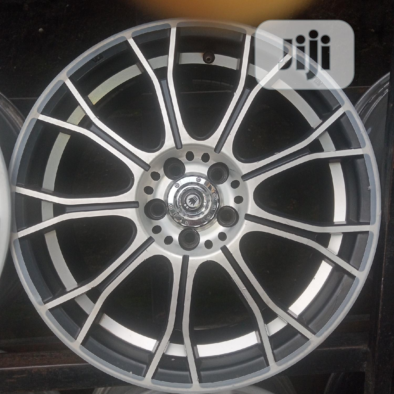 17 Rim for Toyota Sienna's | Vehicle Parts & Accessories for sale in Ikorodu, Lagos State, Nigeria