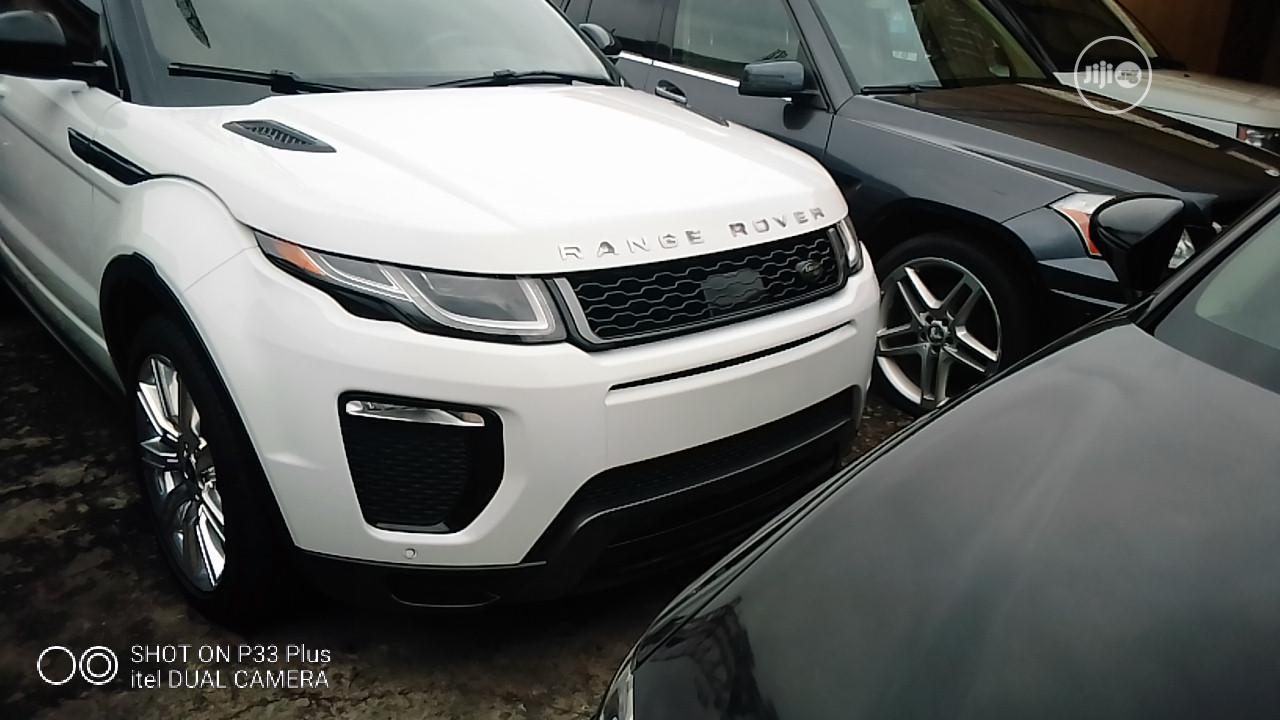 Land Rover Range Rover Sport 2017 HSE 4x4 (3.0L 6cyl 8A) White | Cars for sale in Amuwo-Odofin, Lagos State, Nigeria