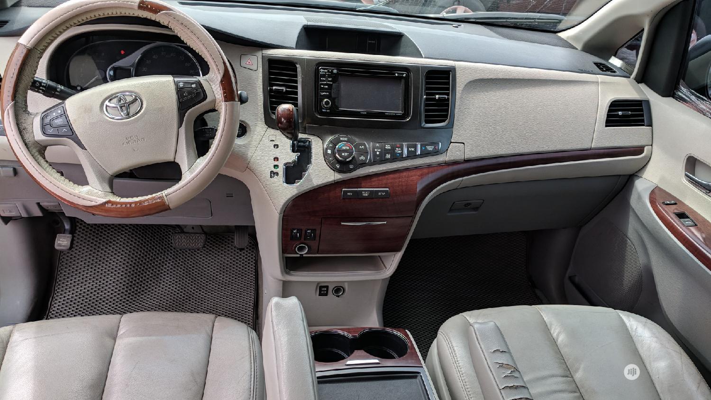 Toyota Sienna 2014 Black | Cars for sale in Lekki Phase 1, Lagos State, Nigeria