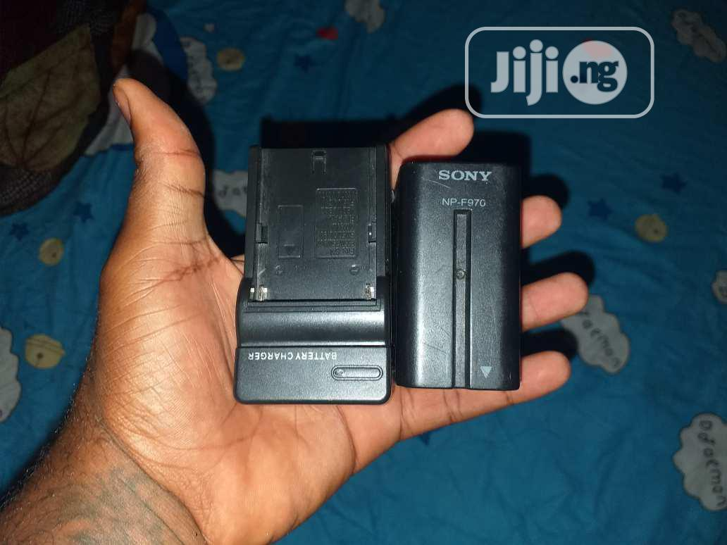 Archive: Sony Battery And Charger For Sale