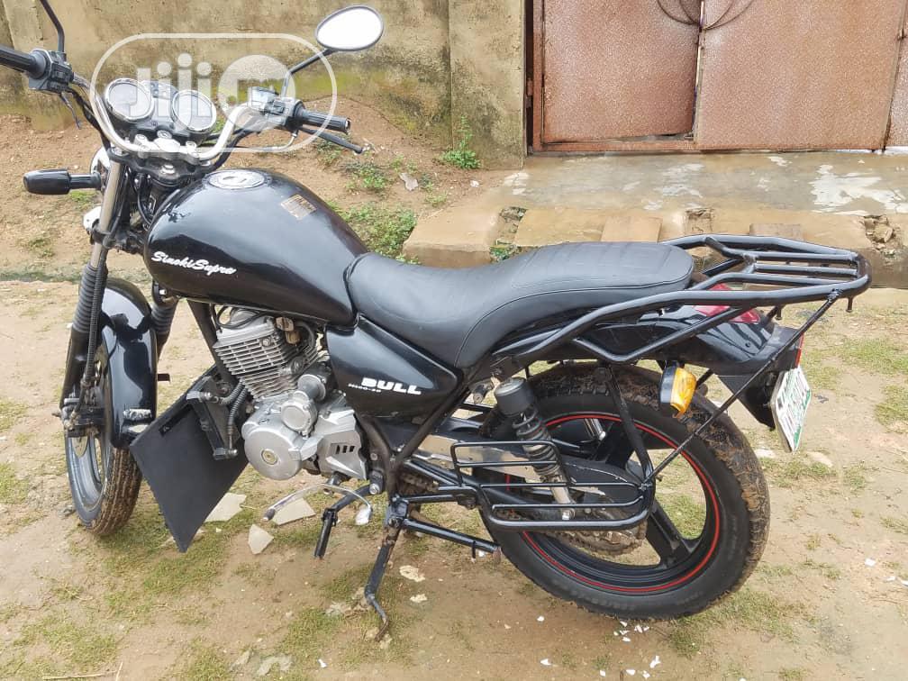 Archive: Suzuki 2019 Black