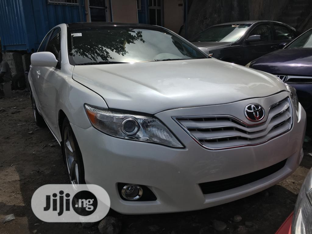 Toyota Camry 2008 2.4 LE White | Cars for sale in Apapa, Lagos State, Nigeria
