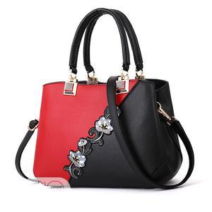Cute Ladies Flower Handbag | Bags for sale in Lagos State, Ojo