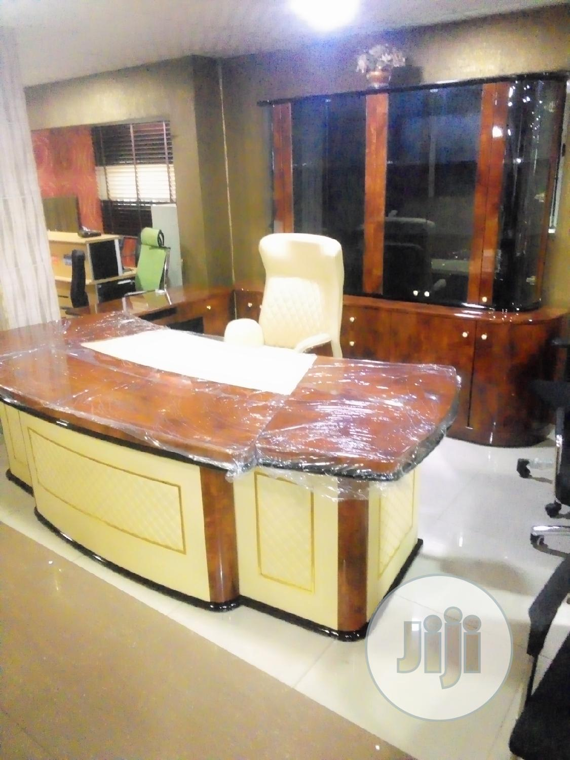 Original Quality Office Table Complete Set   Furniture for sale in Ojo, Lagos State, Nigeria