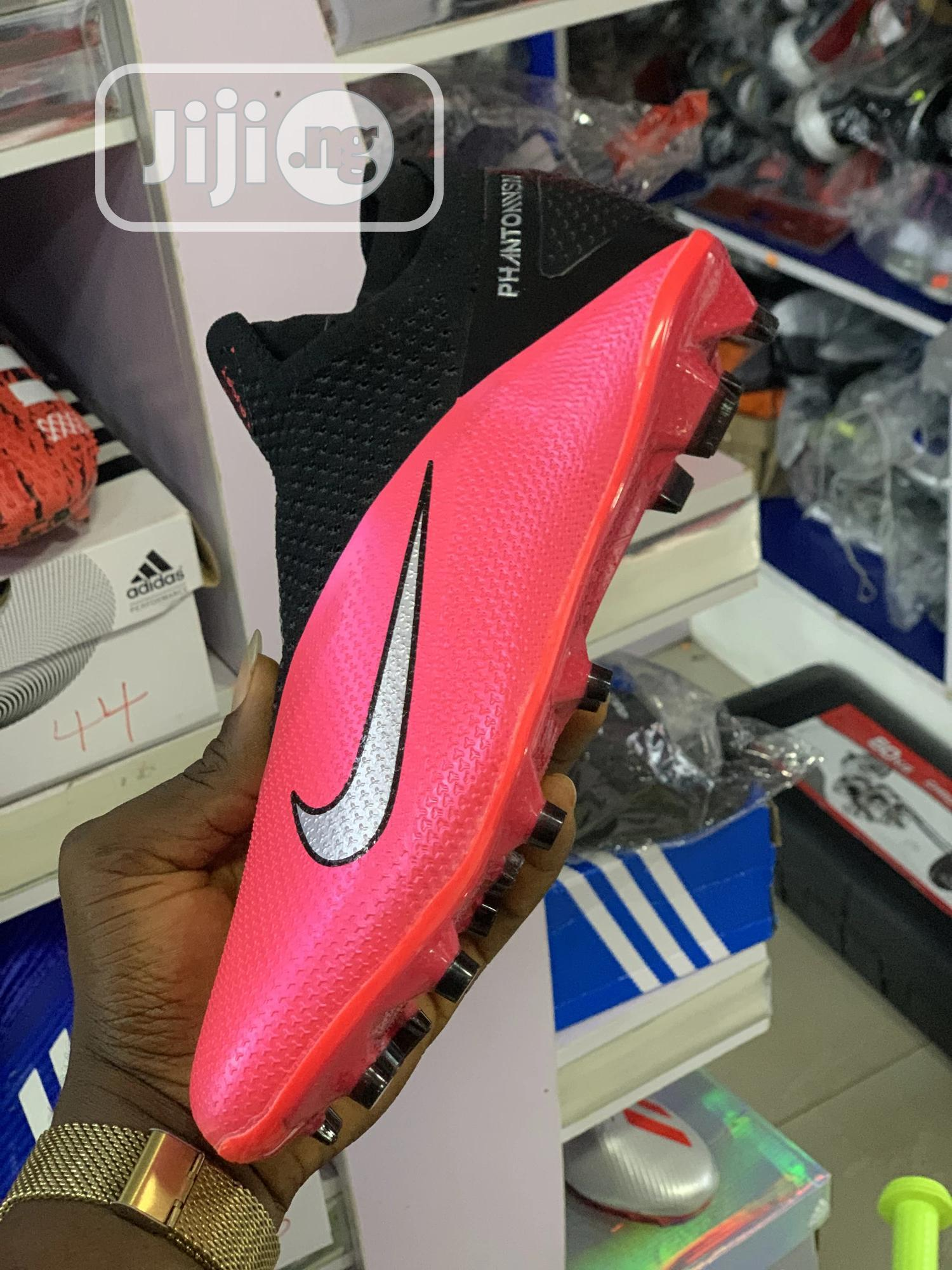 Nike Football Boot | Shoes for sale in Ikoyi, Lagos State, Nigeria
