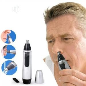 Unisex Nose and Ear Hair Trimmer With Battery Included | Tools & Accessories for sale in Lagos State, Lagos Island (Eko)