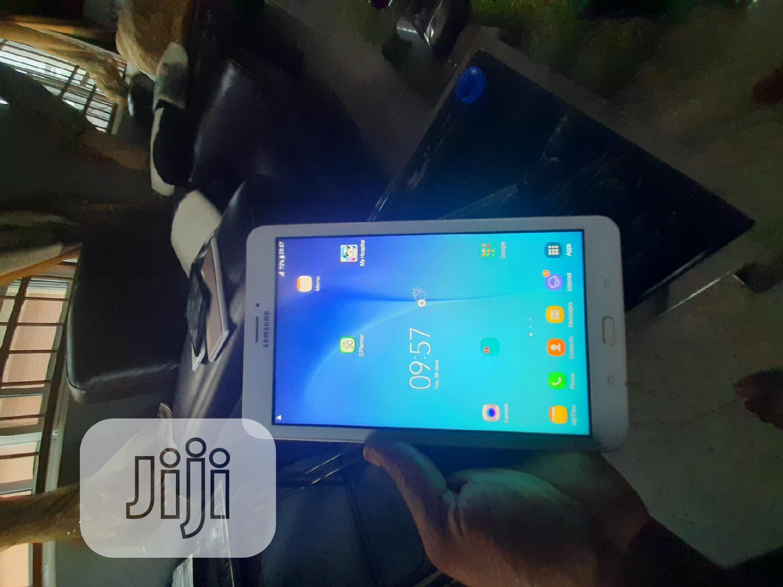 Samsung Galaxy Tab E 9.6 16 GB White