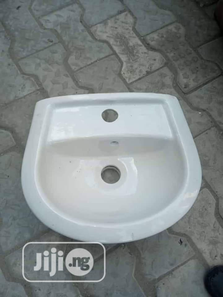 Twyford Portable Wash Hand Basin