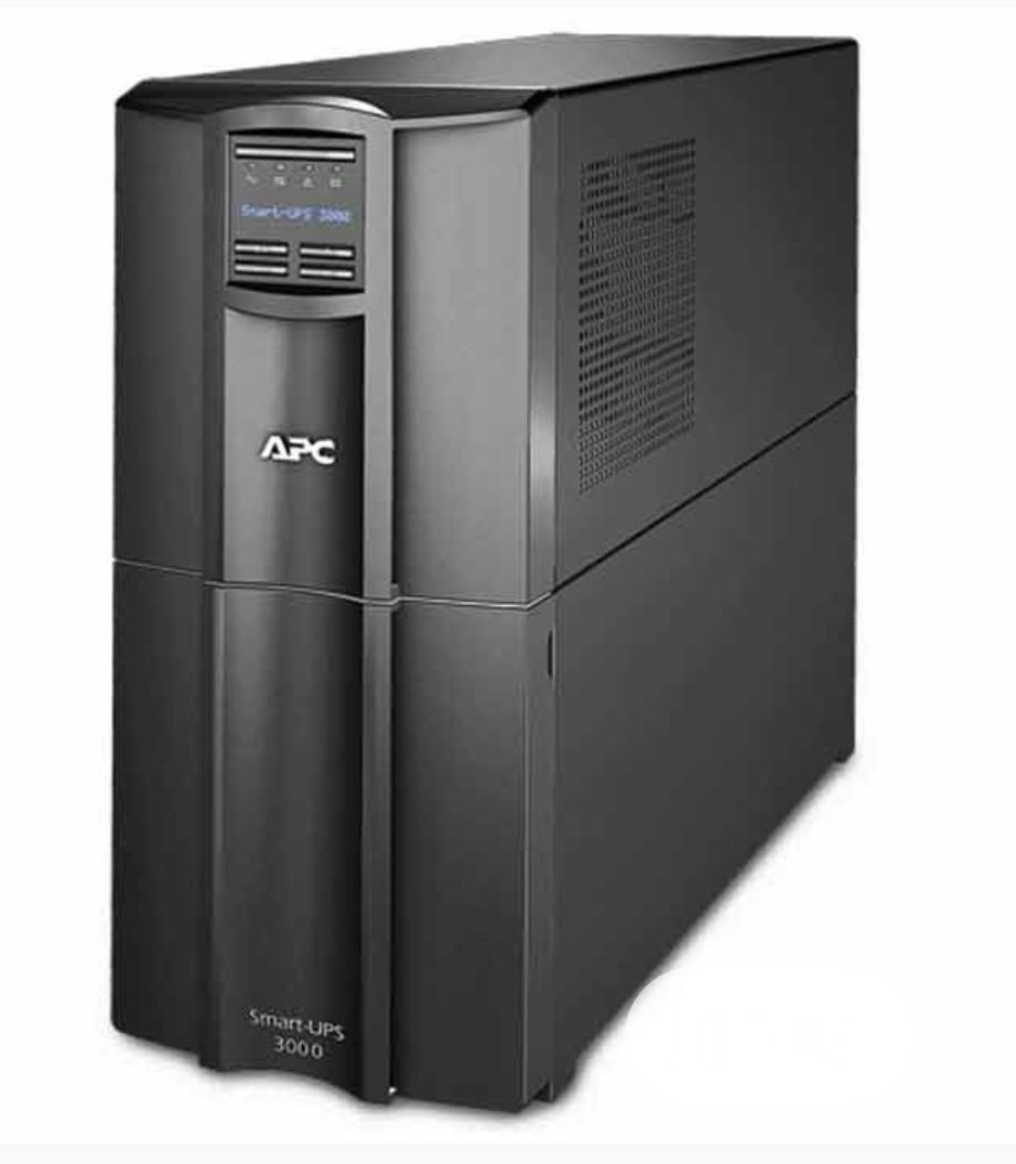 APC Smart-ups 3000va Smt3000i - Lcd, 2700 Watts, 230V, USB | Computer Hardware for sale in Ojo, Lagos State, Nigeria