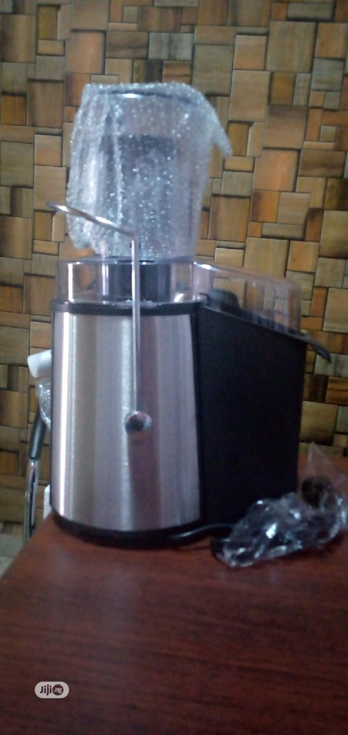 Industrial Juice Extractor