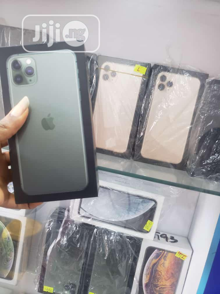 Apple iPhone 11 Pro Max 64 GB Gold   Mobile Phones for sale in Ikeja, Lagos State, Nigeria