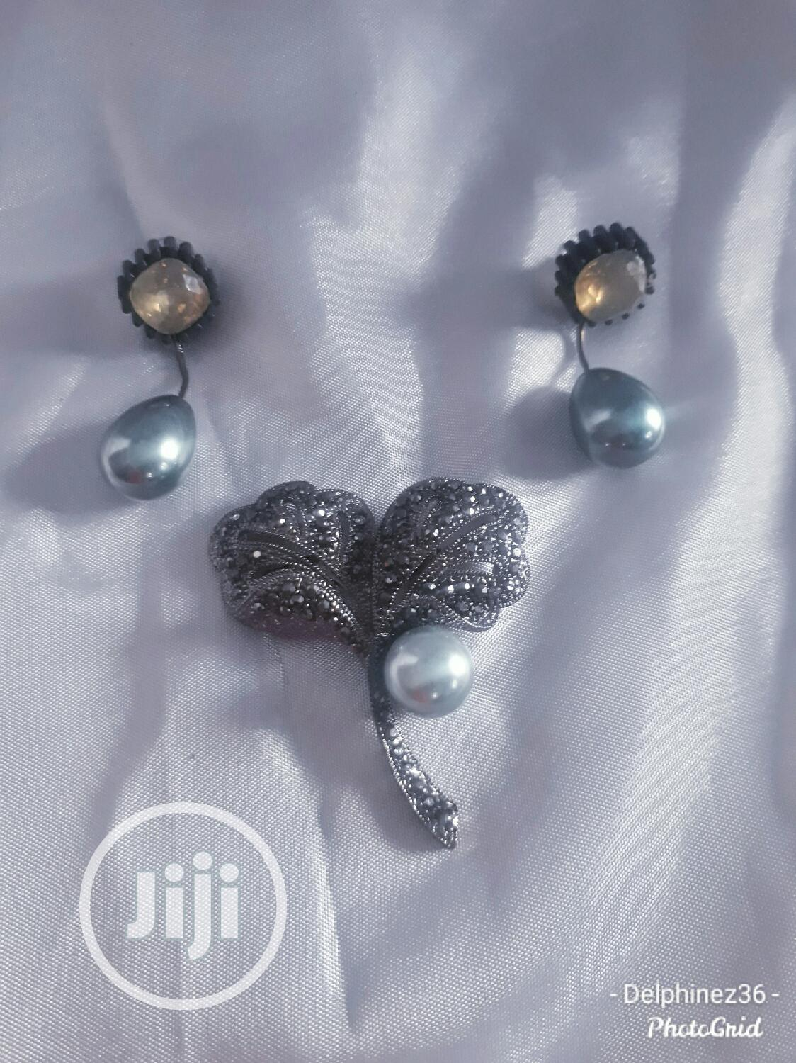 Combo Deal. Brooch And Earring