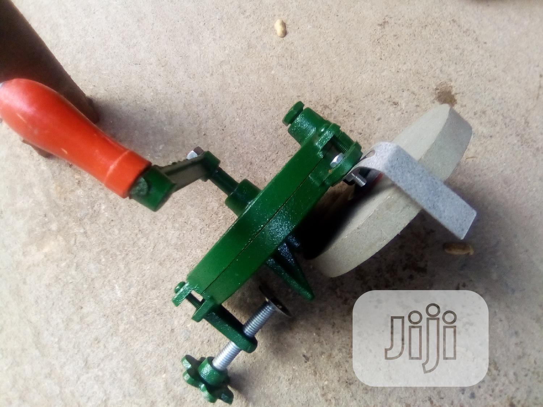 6 Inch Hand Grinder Mechaine | Hand Tools for sale in Lagos Island (Eko), Lagos State, Nigeria