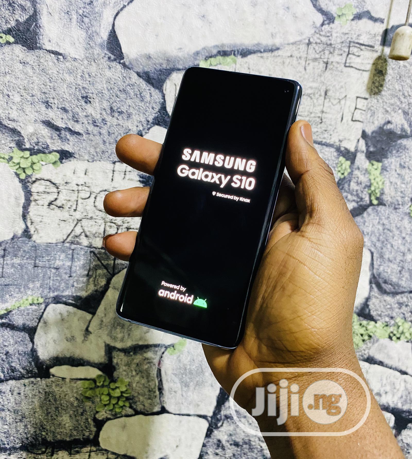 Samsung Galaxy S10 128 GB Blue