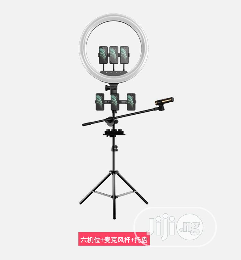 18inches Non Rechargeable Ring Light. | Accessories & Supplies for Electronics for sale in Amuwo-Odofin, Lagos State, Nigeria