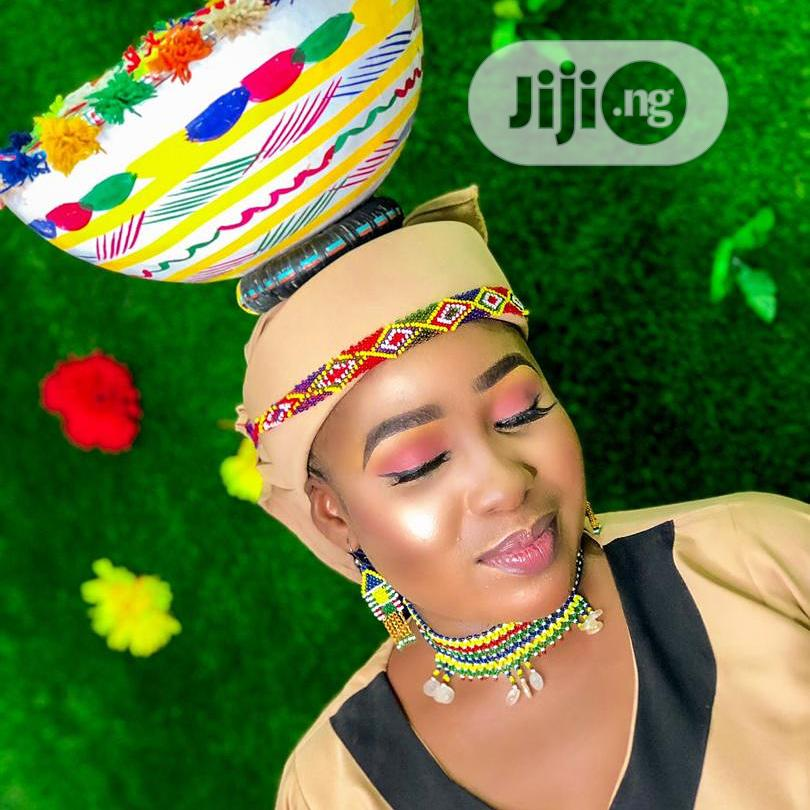 Makeup And Custume For Birthday And Bridal Shoot | Health & Beauty Services for sale in Alimosho, Lagos State, Nigeria