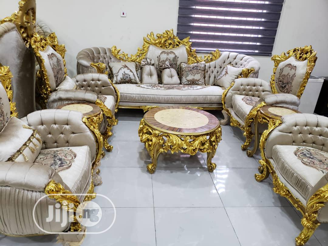 Best Quality Royal Chair