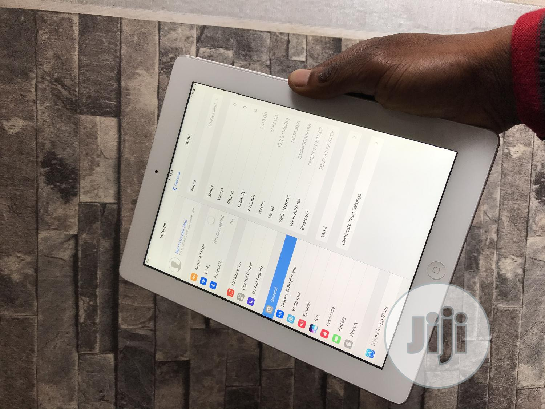 Apple iPad 3 Wi-Fi 16 GB White