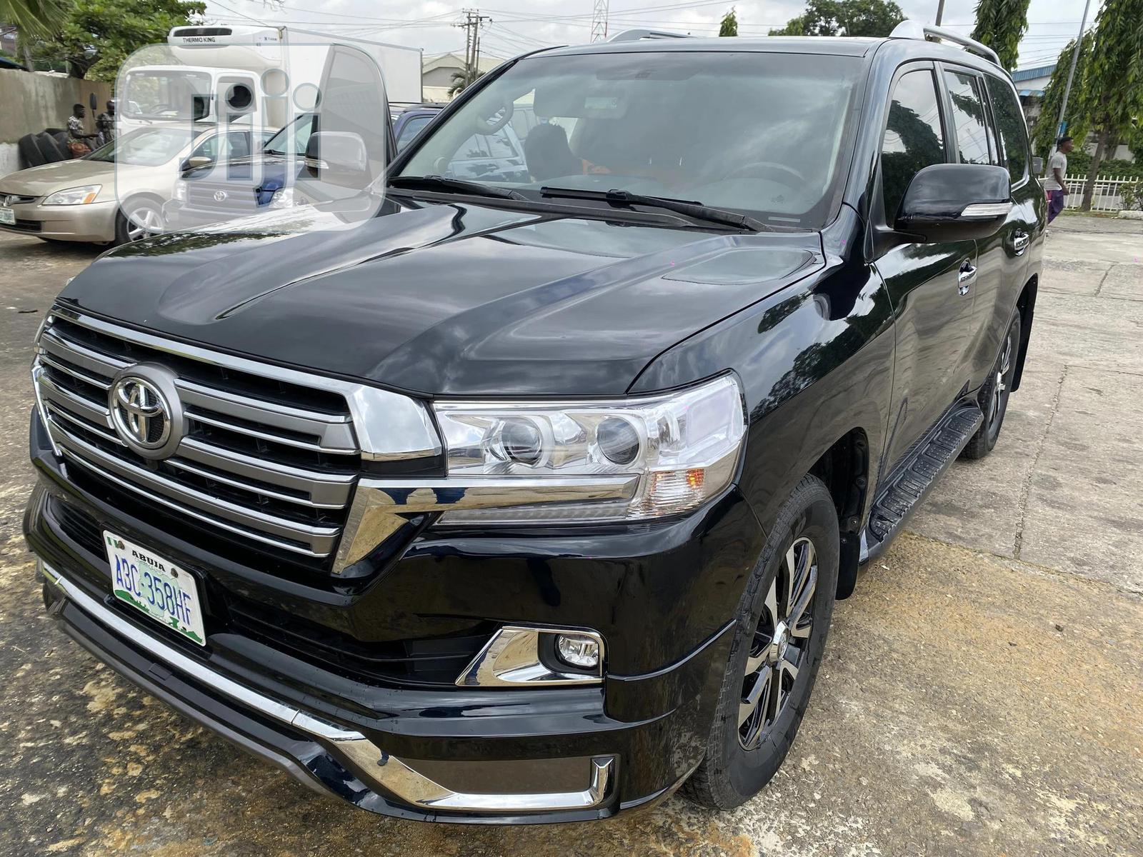 Toyota Land Cruiser 2019 Black | Cars for sale in Ikeja, Lagos State, Nigeria