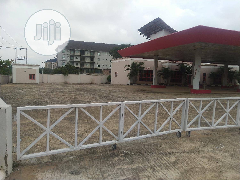 Ultra Modern Filling Station Of 24 Pumps & Mini Plaza 4sale