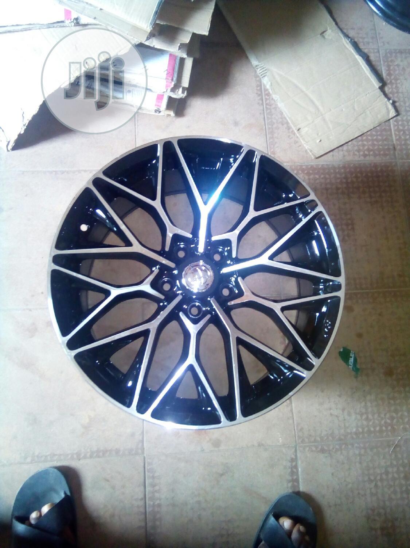Car Star Designer Alloy Wheel 17rim