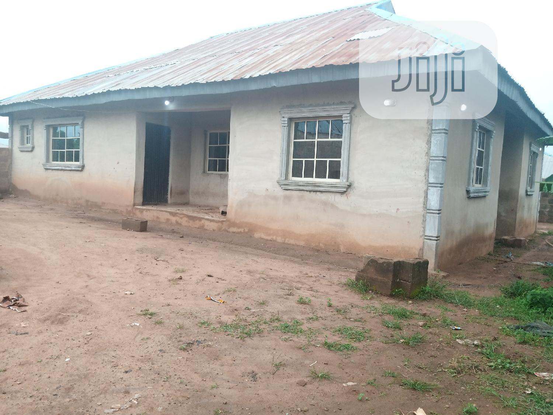 3 Bedroom Bungalow With A Shop At Iyalan Ajia Area Ibadan