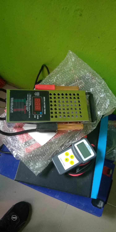 Archive: Digital Battery Tester
