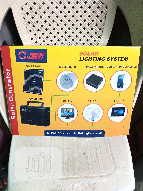 Archive: Mini Solar Generator