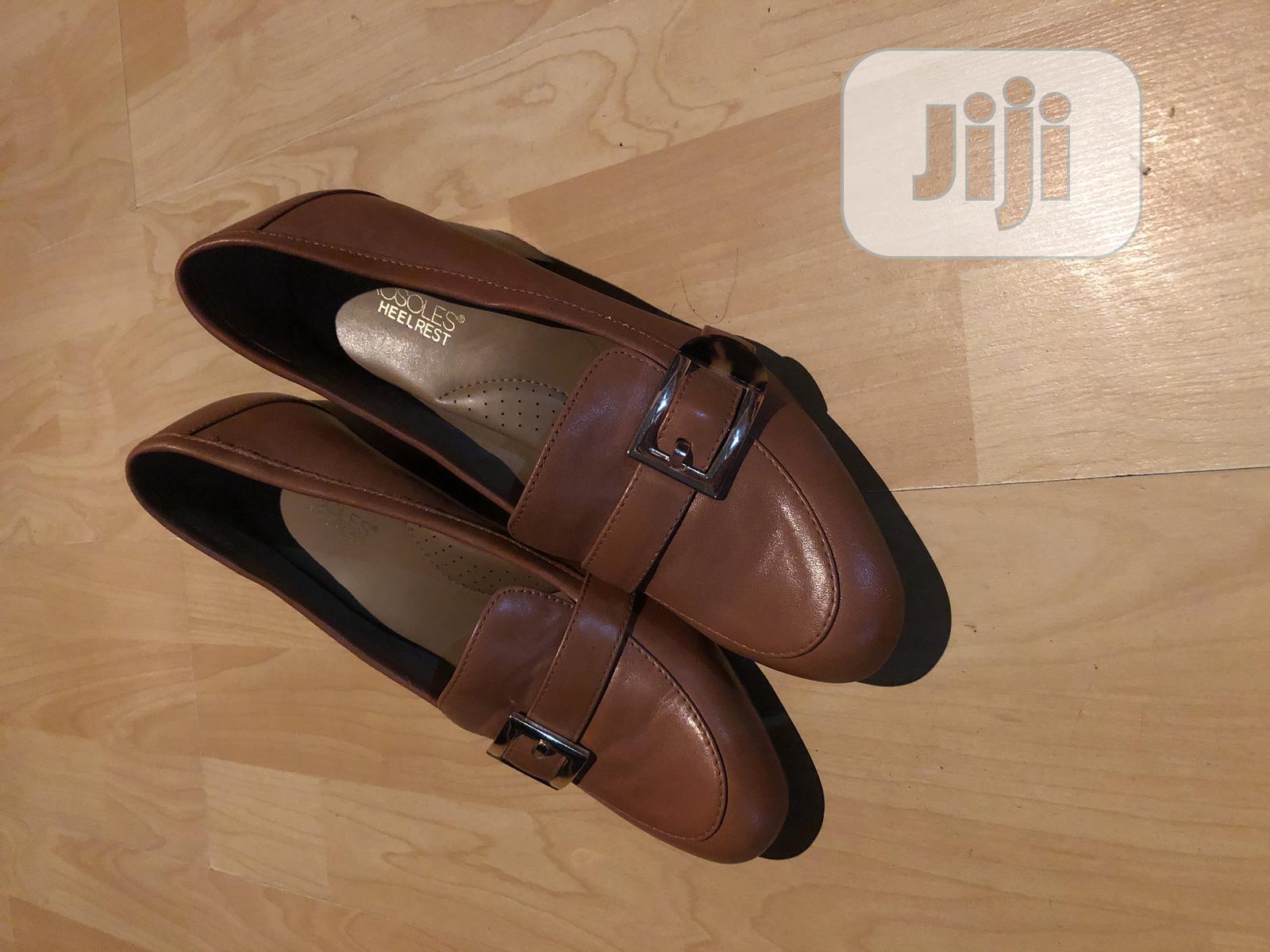 Aerosoles Heel Rest Female Office Shoe