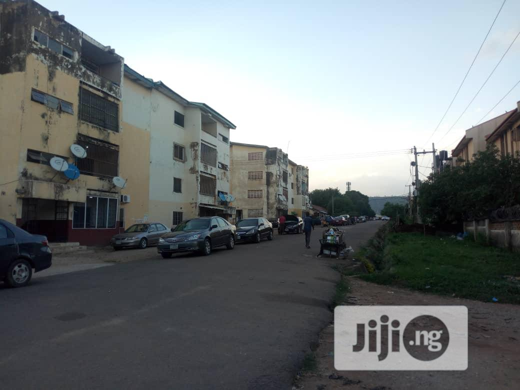 Distress Sale Of 3 Bedroom Block Of Flat In Karu | Houses & Apartments For Sale for sale in Karu, Abuja (FCT) State, Nigeria