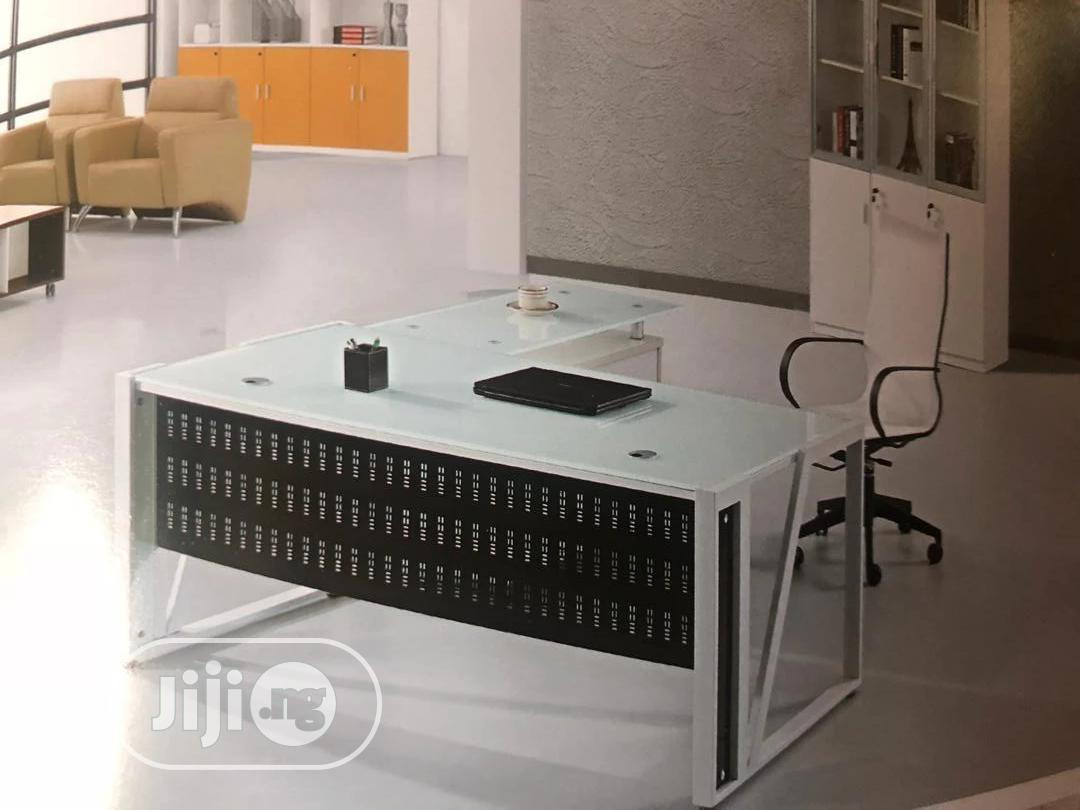 Archive: 1.6meter White Table And Extension