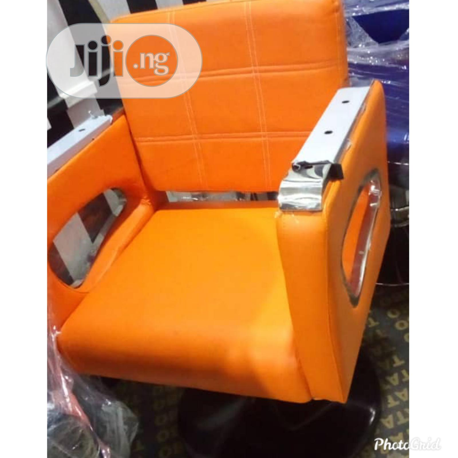 Executive Salon Chair