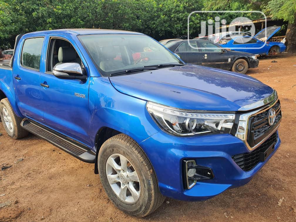Archive: Toyota Hilux Mini Truck 2017