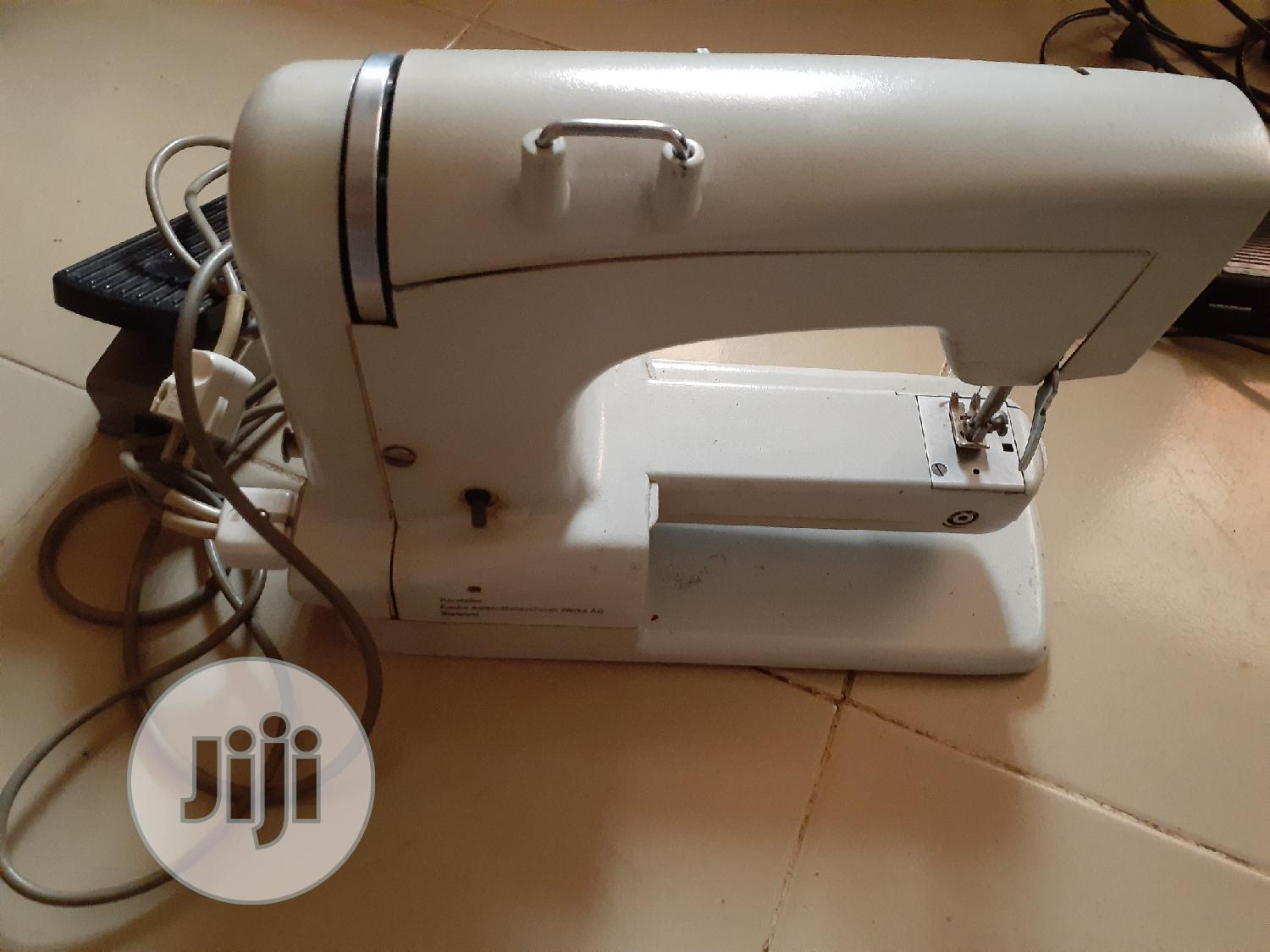 Archive: Electric Sewing Machine